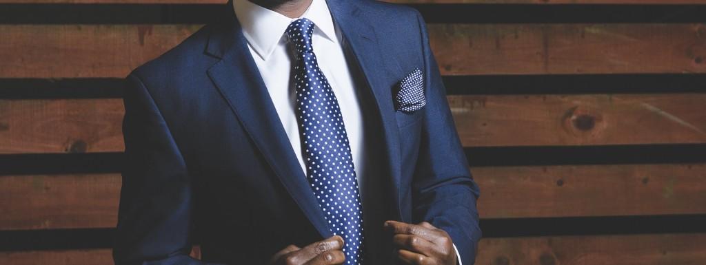 business-suit-690048_1920