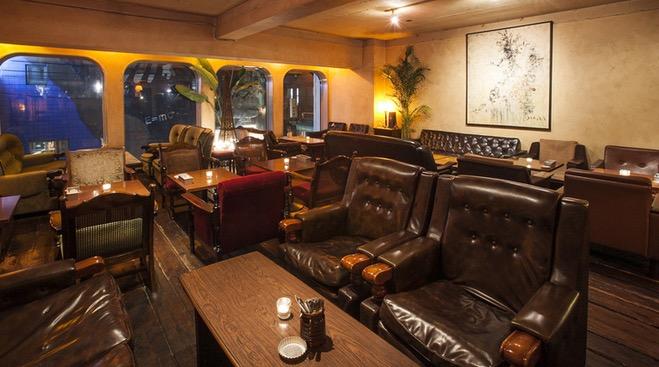 パイルカフェ室内