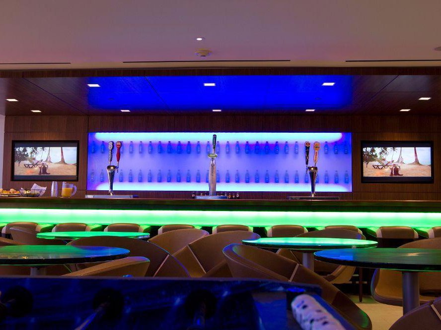 heineken-takes-happy-hour-to-the-next-level-with-its-swanky-in-house-bar-for-employees