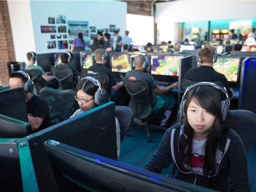 riot-games-a-california-based-developer-has-spaces-where-employees-can-play-video-games-together.jpg