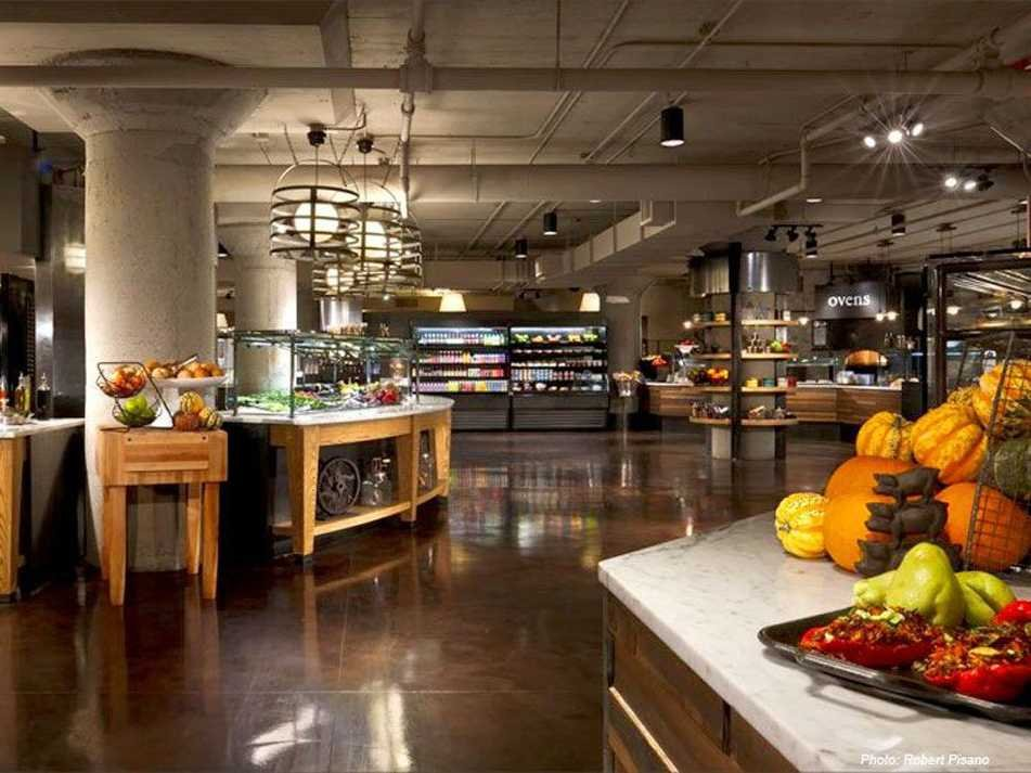 starbucks-brings-seattle-based-employees-together-with-a-homey-full-service-cafeteria