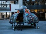 zappos-introduced-a-ufo-shaped-conference-room-in-the-center-of-its-courtyard-that-could-be-booked-for-meetings