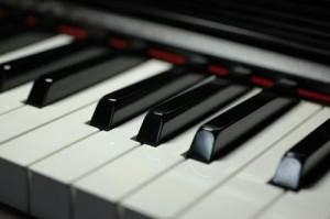 ピアノ-300x199