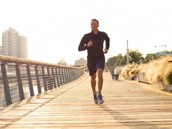 lululemon-man-runner-running-14.png