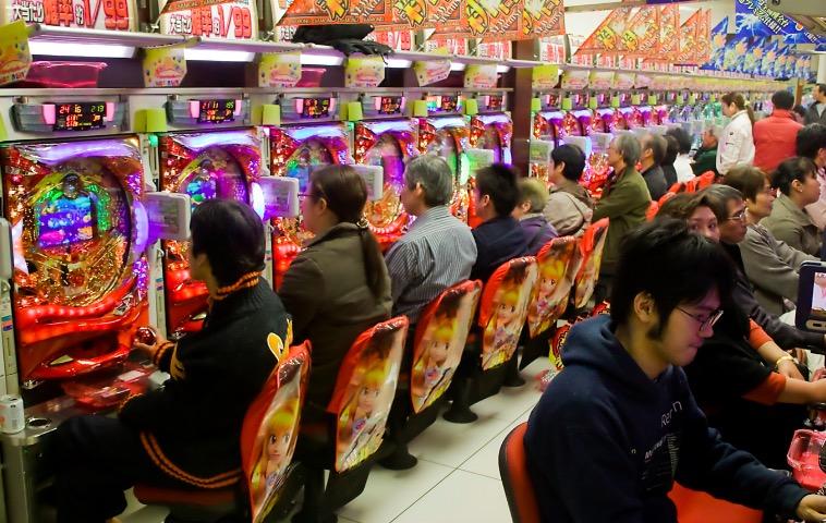 藤商事の株価予想