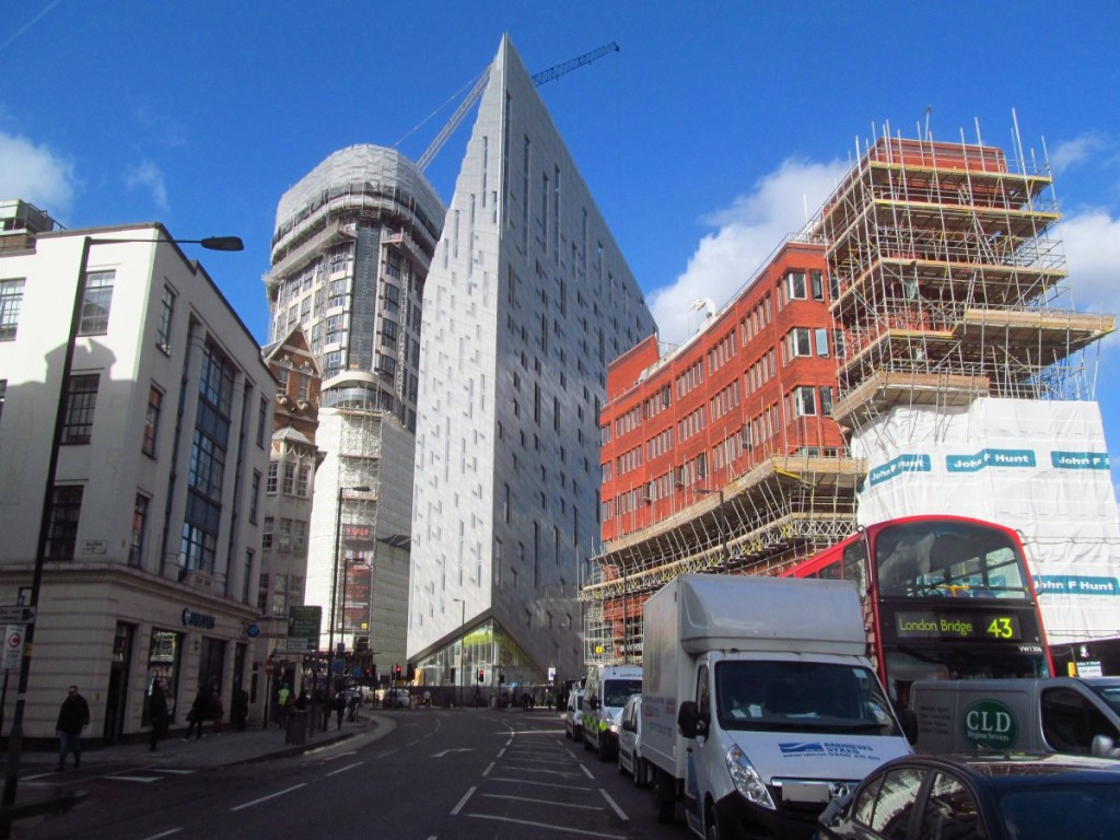 6-the-m-by-montcalm-building-in-east-london-provides-an-optical-illusion-that-leaves-passersby-dazzled