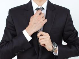 リクルートスーツに合う腕時計